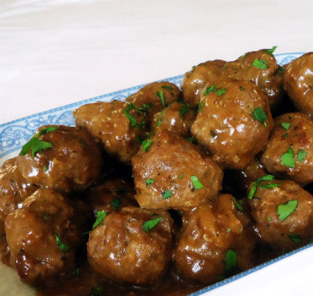 Meatballs in Caramelized Onion Gravy