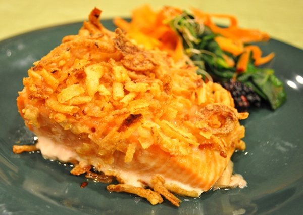 Fried onion salmon