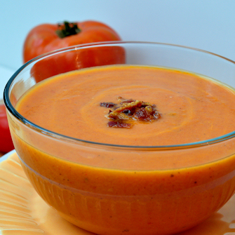 Creamy Tomato & Bacon Soup