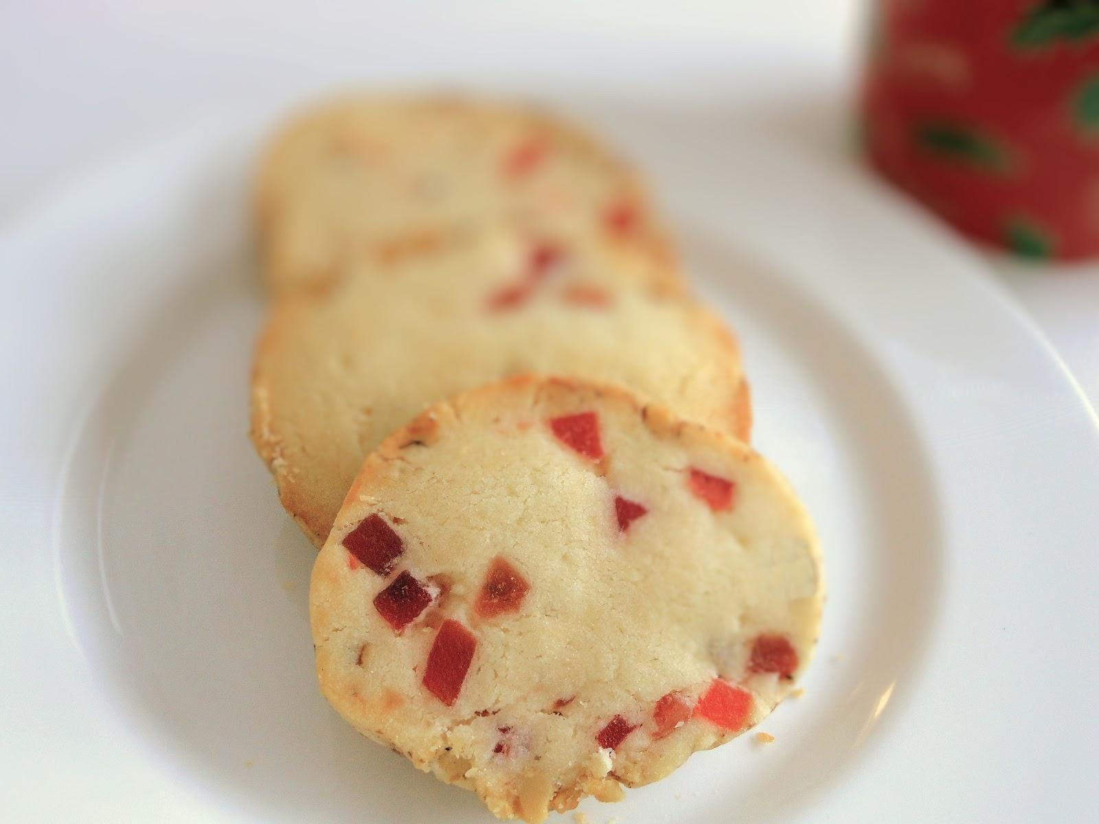 Shortbread Cookies with Fruit
