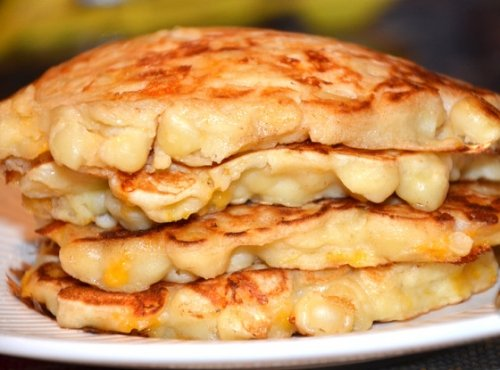 Mac & Cheese Pancakes
