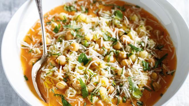 Pasta & Chickpea Ragu