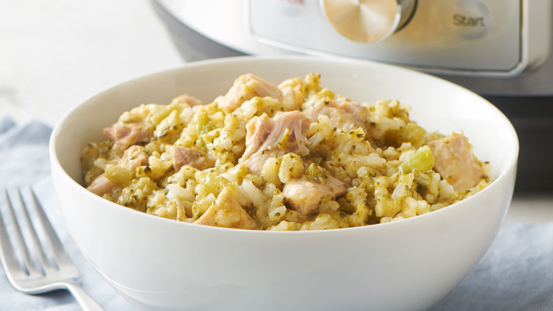 5 Ingredient Instant Pot Cheesy Chicken, Broccoli and Rice